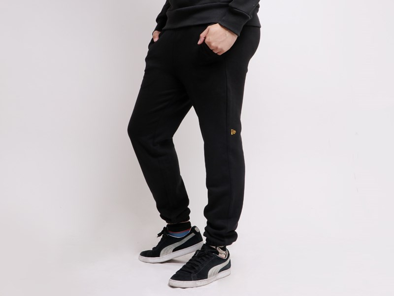 New Era Flag Mini Logo Black Essential Pants
