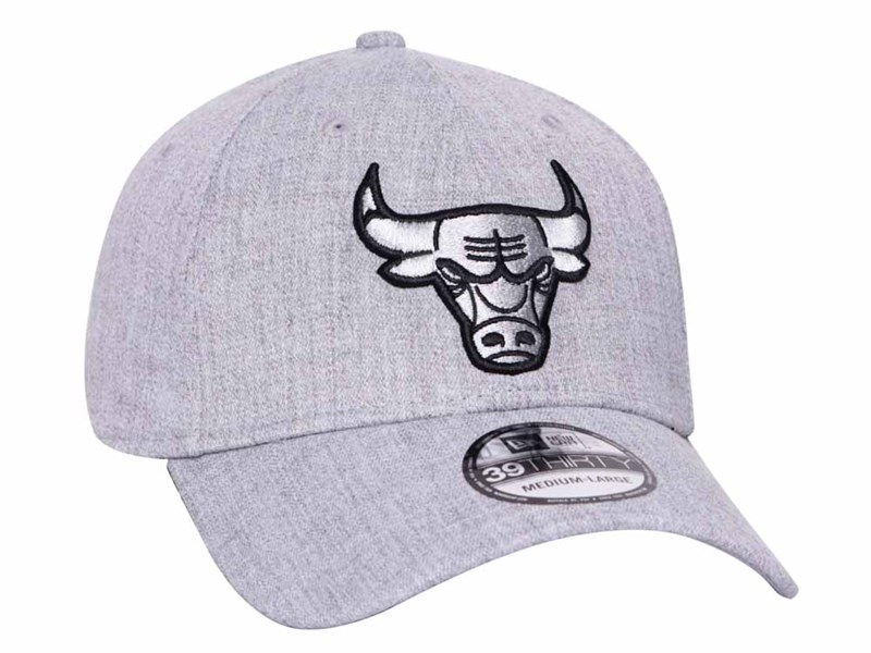 Chicago Bulls NBA Heather Essential Medium Grey 39THIRTY Cap