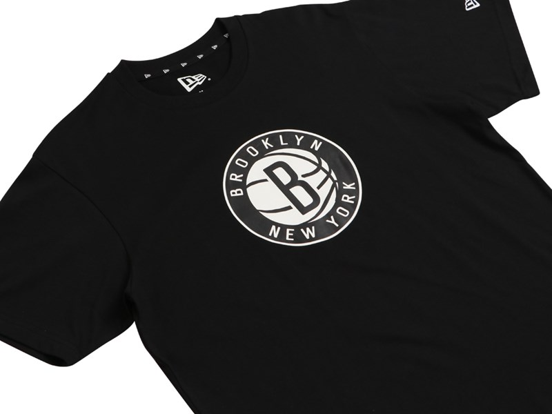 Brooklyn Nets NBA Team Logo Black Short Sleeve Shirt