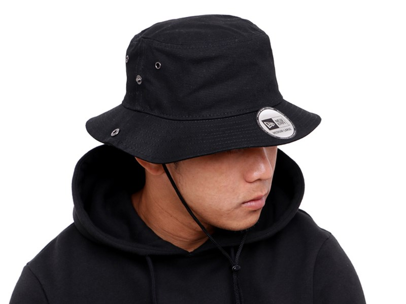 New Era Duck Black Bucket with Chin String Cap