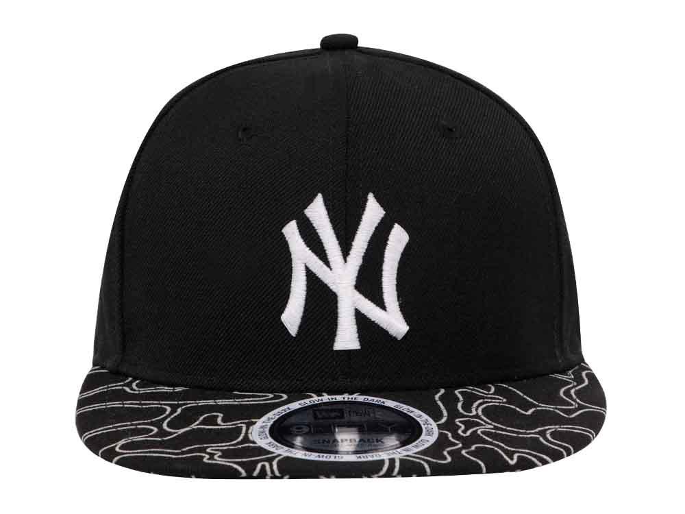 763b7a75c37 New York Yankees MLB Glow in the Dark Camo Black 9FIFTY Cap