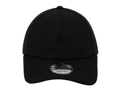 b4d143117214 ... New York Yankees MLB Mini Logo Black on Black 9FORTY Cap (ESSENTIAL)