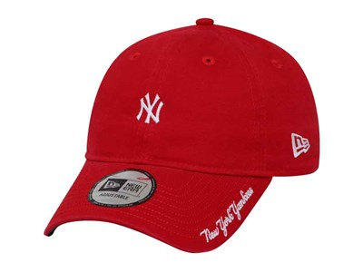 New York Yankees MLB Washed Duck Canvas Scarlet 9FORTY Cap
