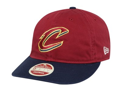 timeless design 0e2dc 3813a Cleveland Cavaliers NBA Two Toned Team Retro Maroon Navy 9FIFTY Cap ...