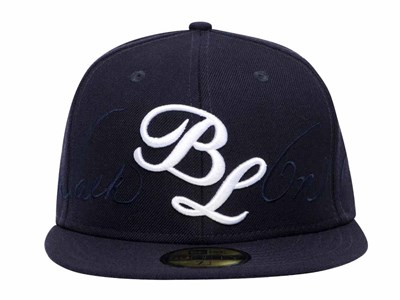 Walk On Bruce Lee Initials Script Navy 59FIFTY Cap (ONLINE EXCLUSIVE)