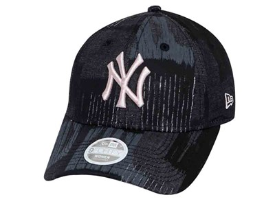 New York Yankees MLB Tactile Camo Pink Logo Black Camo 9FORTY Womens Cap