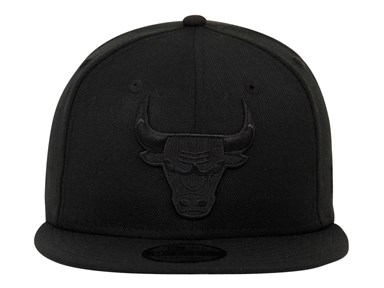 Chicago Bulls NBA Black on Black 9FIFTY Cap