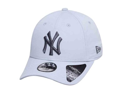 New York Yankees MLB Winter Camo Gray 9FORTY Youth Kids Cap