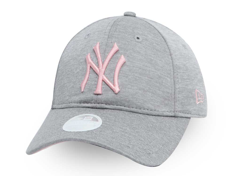 New York Yankees MLB Sporty Sleek Gray 9TWENTY Womens Cap  74b0a4eb1ee