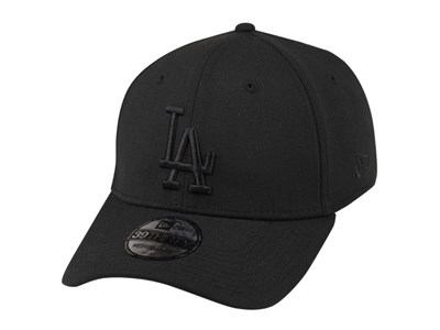 Los Angeles Dodgers MLB Black on Black 39THIRTY Cap (ESSENTIAL)