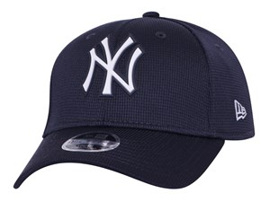 New York Yankees MLB 2020 Clubhouse Navy 9FORTY Youth Kids Cap
